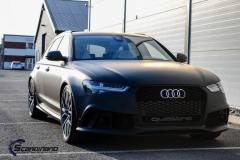 Audi-rs6-helfoliert-i-sort-matt