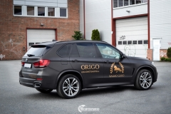 BMW X5 foliert med Black Brushed Aluminium,decor Kalmo Gard-4