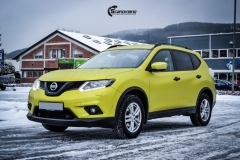 Nye Nissan X-TRAIL helfoliert i Matt Yellow Flash fra PWF-9