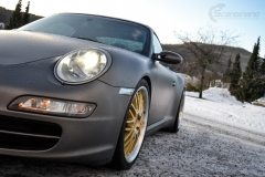 Porsche helfoliert i Satin Dark Grey fra 3M-11