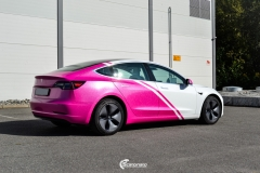 Tesla Model 3 helfoliert i 2 farger Hexis Gloss Indian Pink,Hexis Satin White Gloss (2 из 10)