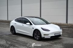 Tesla Model 3 helfoliert i Matt lakkbeskyttelsesfilm fra STEK (3 из 15)