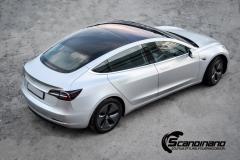 Tesla Model 3 helfoliert med Satin Silver Metallic fra 3M-16