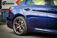 Alfa Romeo Giulia helfoliert med lakkbeskyttelsesfilm fra STEK-2