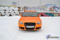 Audi A 4 helfoliert med Matt Sunrise Metallic ,Solfil, Chrome delete