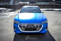 Audi e-tron foliert med Matt Anodized Blue 2.0-21