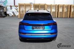 Audi e-tron foliert med Matt Anodized Blue 2.0-23