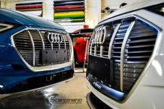 Audi e-tron foliert med Matt Anodized Blue 2.0