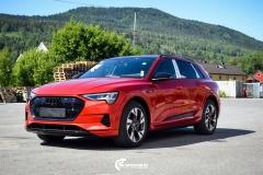 Audi E-tron Helfoliert i Ruby Red fra PWF