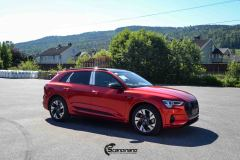 Audi-E-tron-Helfoliert-i-Ruby-Red-fra-PWF-15