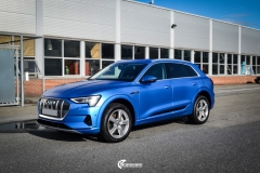 Audi e-tron helfoliert med Satin Perfect Blue fra 3M-8