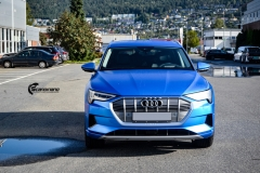 Audi e-tron helfoliert med Satin Perfect Blue fra 3M-9