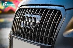 Audi Q5 helfoliert i Matt Diamond Black fra PWF-13