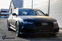 Audi-rs6-helfoliert-i-sort-matt