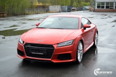Audi-TT-Helfoliert-i-Gloss-Dragon-Fire-Red-fra-3M-3