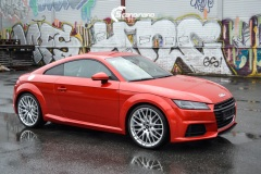 Audi-TT-Helfoliert-i-Gloss-Dragon-Fire-Red-fra-3M-5