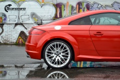Audi-TT-Helfoliert-i-Gloss-Dragon-Fire-Red-fra-3M-8