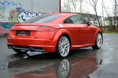 Audi-TT-Helfoliert-i-Gloss-Dragon-Fire-Red-fra-3M-9