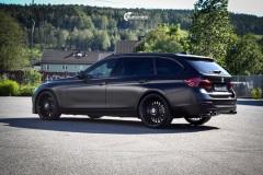 BMW 3 serie F31 helfoliert med Svart satin fra Avery dennison.