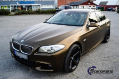 BMW-5-serie-foliert-i-matt-bond-gold-fra-pwf-7