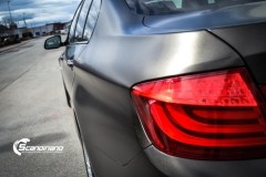 BMW 5 serie foliert Satin Gold Dust Black_-6