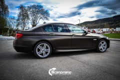 BMW 5 serie foliert Satin Gold Dust Black_-9