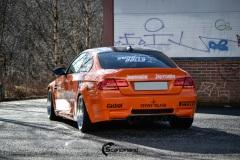 BMW-E92-M3-profilert-i-Jagermeister-stil-0153