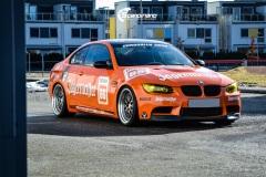 BMW-E92-M3-profilert-i-Jagermeister-stil-0184