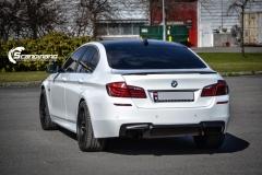 BMW F10 foliert i Diamond white-4