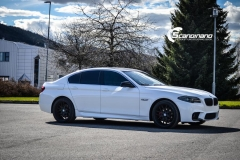 BMW F10 foliert i Diamond white-7