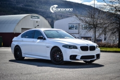 BMW F10 foliert i Diamond white
