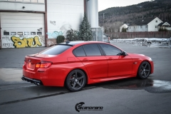 BMW Helfoliert i Gloss Hotrod Red fra 3M-4