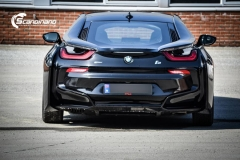 BMW i 8 foliert i Svart glossy Sport auto tilhenger-10
