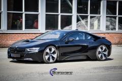 BMW i 8 foliert i Svart glossy Sport auto tilhenger-2