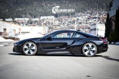 BMW i 8 foliert i Svart glossy Sport auto tilhenger-5