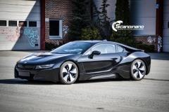 BMW i 8 foliert i Svart glossy Sport auto tilhenger-6