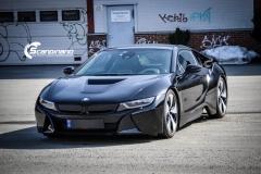 BMW i 8 foliert i Svart glossy Sport auto tilhenger-7
