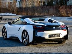 BMW-i8-helfoliert-i-Satin-Frozen-Vanilla-fra-3M.-11