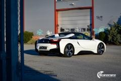 BMW i8 helfoliert i Satin Frozen Vanilla fra 3M