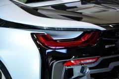 BMW-i8-helfoliert-i-Satin-Frozen-Vanilla-fra-3M.-3