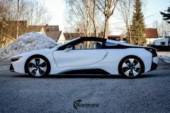 BMW-i8-helfoliert-i-Satin-Frozen-Vanilla-fra-3M.-4