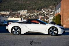 BMW-i8-helfoliert-i-Satin-Frozen-Vanilla-fra-3M.-7