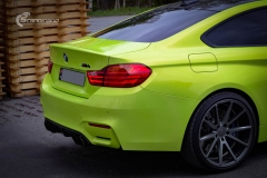 BMW M4 foliert med  Atomic Lime fra PWF-21