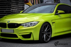 BMW M4 foliert med  Atomic Lime fra PWF-33