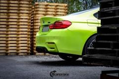 BMW M4 foliert med  Atomic Lime fra PWF-36