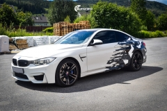 BMW M4 foliert med camo design-2