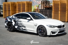 BMW M4 foliert med camo design-4