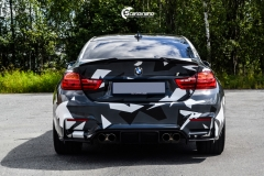 BMW M4 foliert med camo design-9