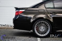 BMW M5 foliert i night gold mett-4