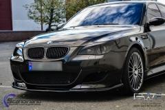 BMW M5 foliert i night gold mett-7